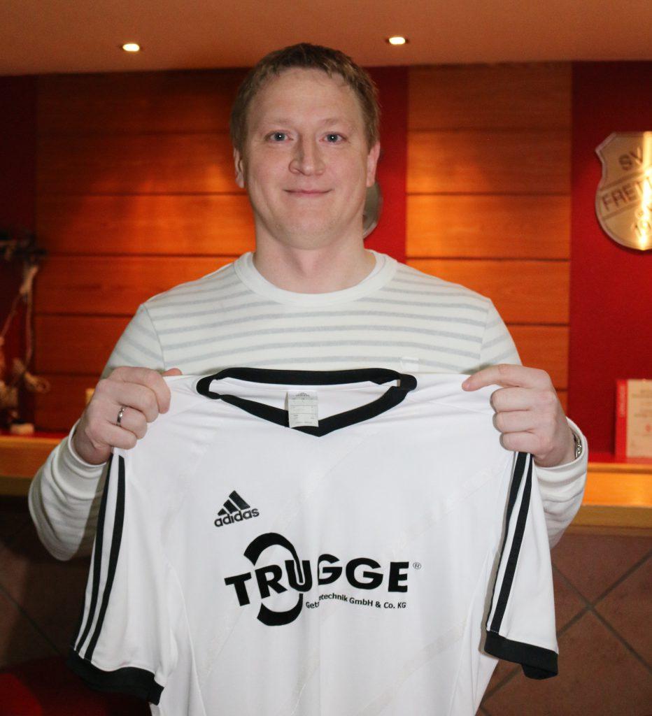 Trainer Gregory Zoran, 38 J.